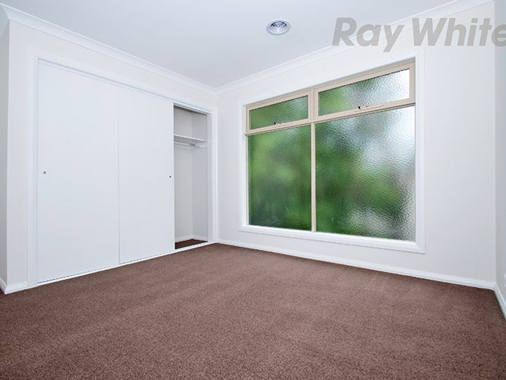 U2, 84 LUSHER Road, Croydon, VIC