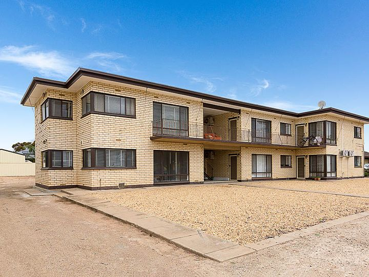 154-156 Adelaide Road, Murray Bridge, SA