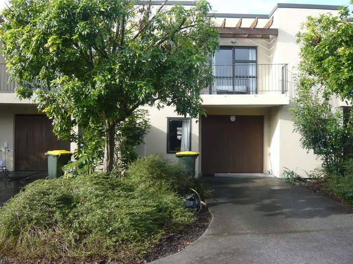 11/17 Harbour View Road, Te Atatu Peninsula, Waitakere City