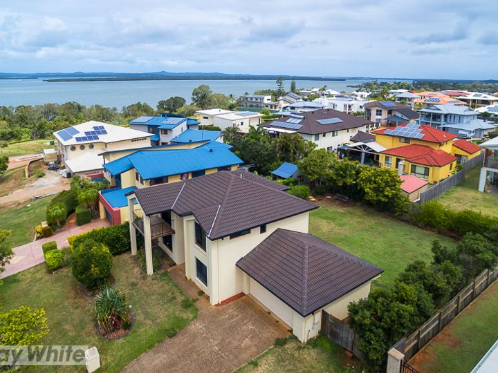 109 School of Arts Road, Redland Bay, QLD