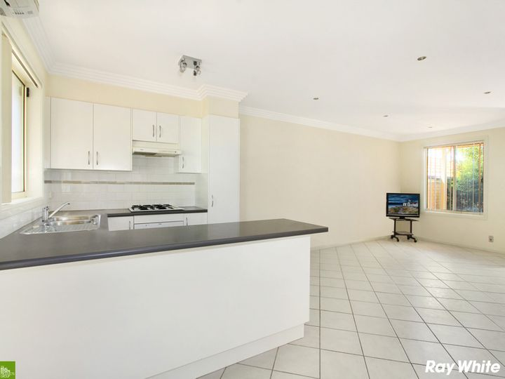 2/9 Burrill Place, Flinders, NSW