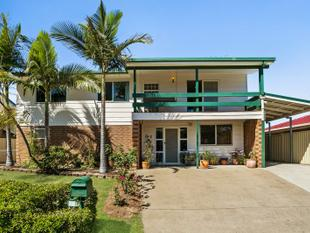 RARE OPPORTUNITY - OWNERS REQUIRE IMMEDIATE SALE! - Oxley