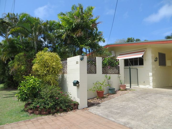 22 Feldt Street, Flying Fish Point, QLD