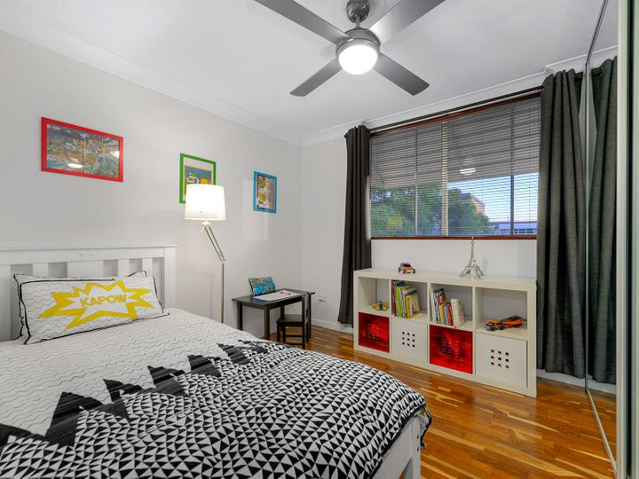 8/22 Raby Road, Coorparoo, QLD
