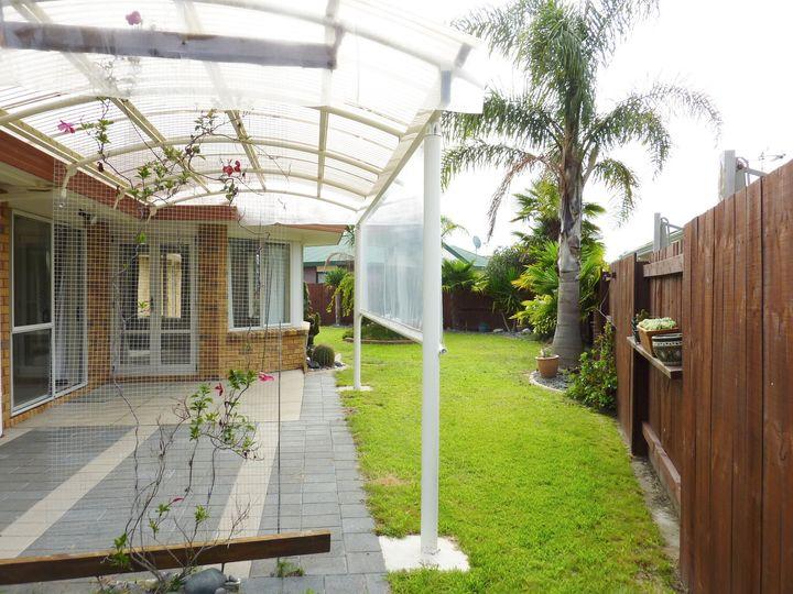17 Larisa Grove, Papamoa, Tauranga City