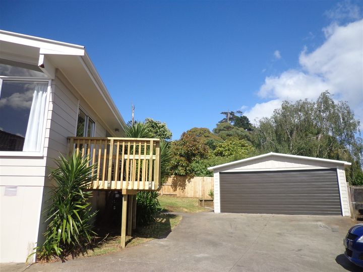 32 Glennandrew, Half Moon Bay, Manukau City