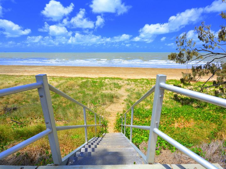60 Schofield Parade, Keppel Sands, QLD