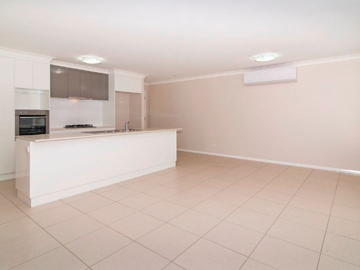 5/16 Swallow Court, Newtown, QLD
