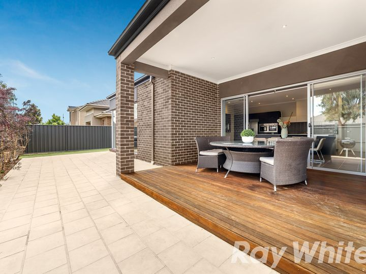 17 Conelly Way, South Morang, VIC