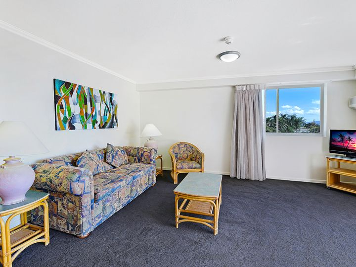 322/132-138 Ferny Avenue, Surfers Paradise, QLD