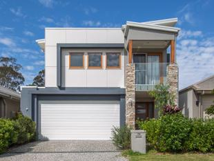 Expansive Executive Ex-Display Home - A Must See - Fitzgibbon