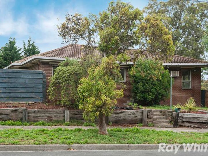 33 Byrne Crescent, Watsonia North, VIC