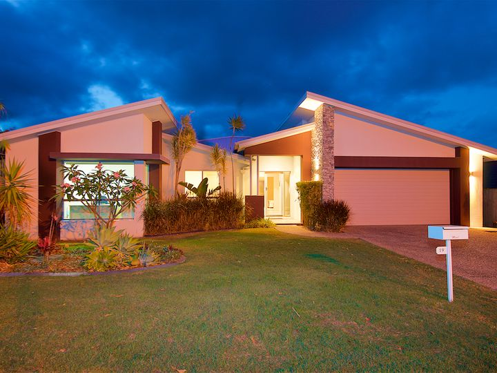 19 Springwood Avenue, Pacific Pines, QLD