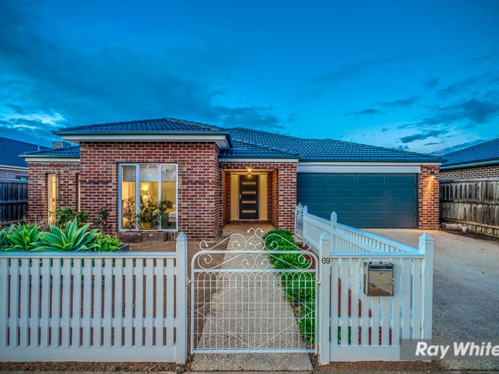 69 Rainbow Way, Tarneit, VIC