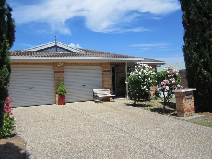 7 Larkin Close, Gordon, ACT