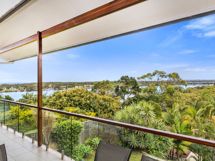 30 Hibiscus Parade, Banora Point, NSW