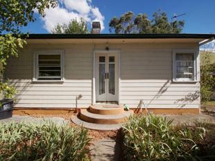 Two Bedroom Charcter Cottage - Armidale
