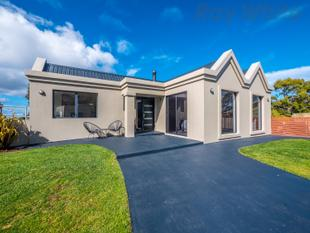 Stunning Family Home - Mount Nelson