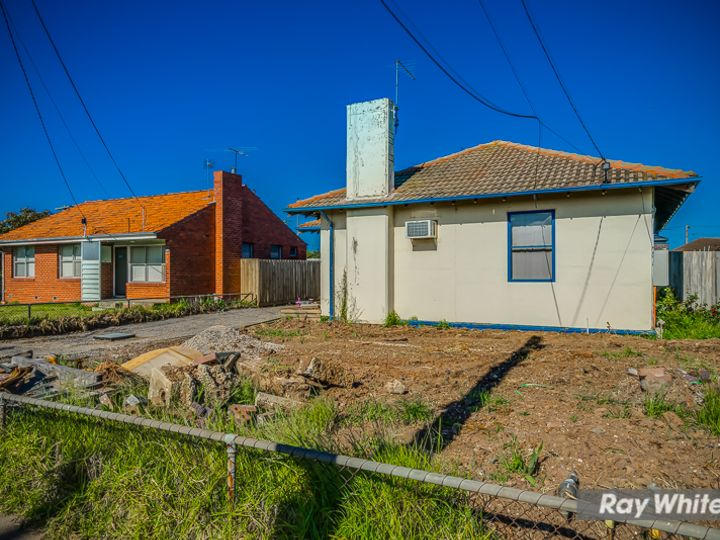 Unit 1 103 Bladin Street, Laverton, VIC
