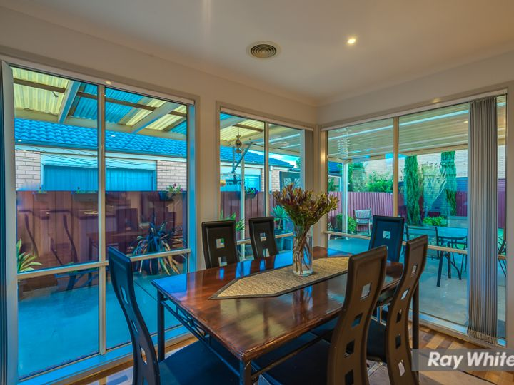 13 Meadow Way, Tarneit, VIC