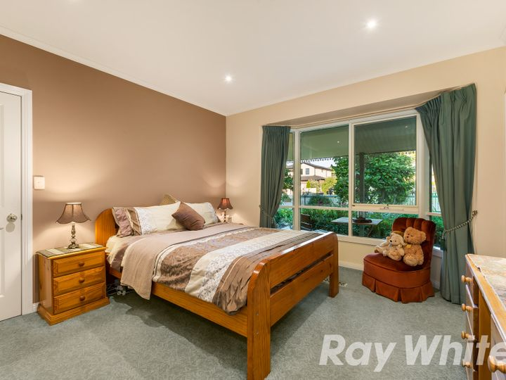 4 Aubrey Grove, Boronia, VIC