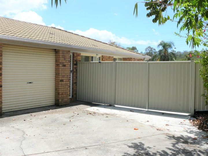 2/13a Hollywood Place, Oxenford, QLD