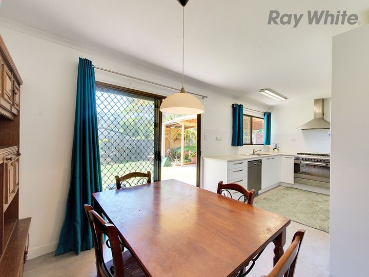 3 Coral Court, Camira, QLD