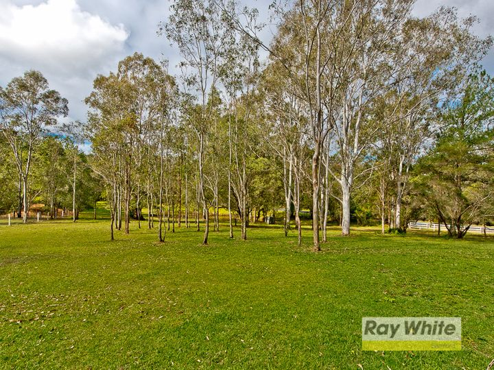 4 Mountain View Court, Samford Valley, QLD