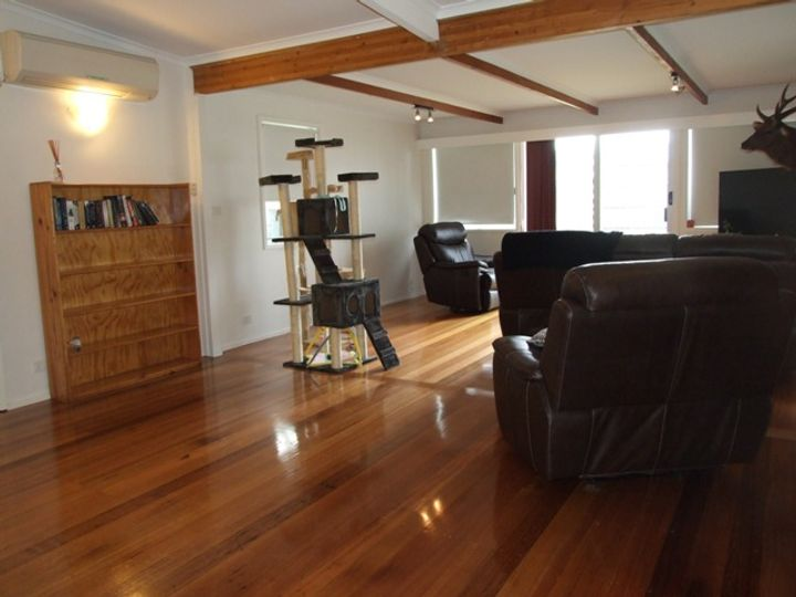 2 Albany Road, Cowes, VIC
