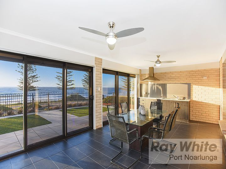 25 Esplanade, Christies Beach, SA