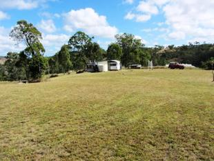 PANORAMA VIEWS FROM  EVERY WHICH WAY - Blackbutt