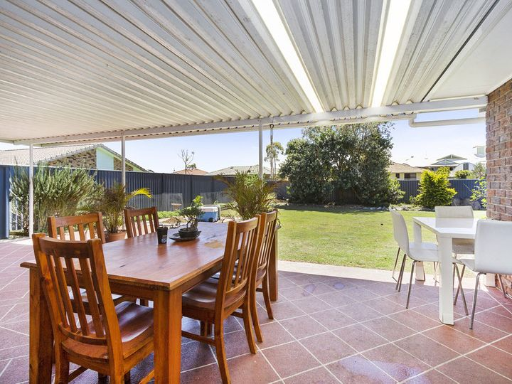 28 Birkdale Court, Banora Point, NSW