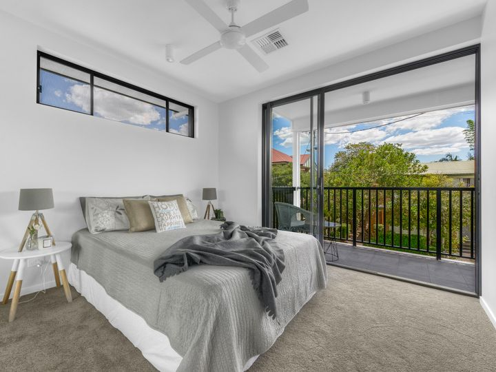 8/19 Howard Street, Morningside, QLD