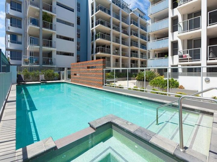 210/8 Cordelia Street, South Brisbane, QLD