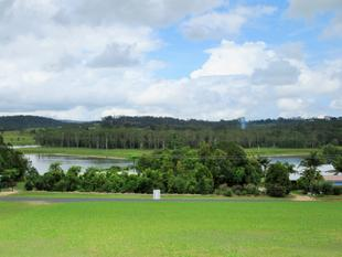 Awesome Lifestyle Overlooking Lake Tinaroo 1 hr from Cairns - Barrine