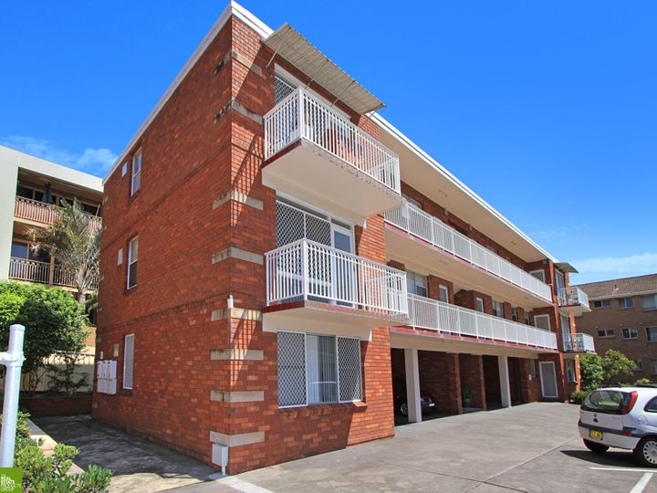 9/82a Smith Street, Wollongong, NSW