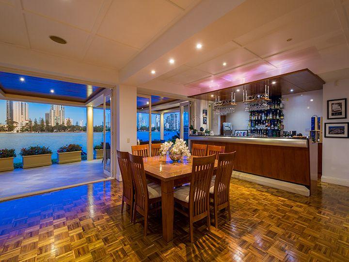 25 Southern Cross Drive, CRONIN ISLAND, Surfers Paradise, QLD