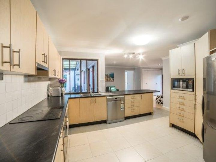 3 Haddon Court, Carrara, QLD