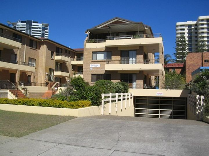 1/133 Old Burleigh Road, Broadbeach, QLD