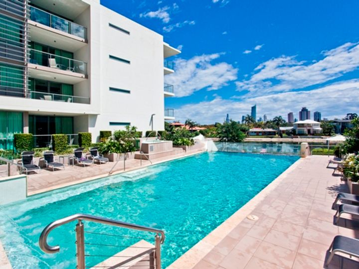 1105 'Freshwater Point' 33 T E Peters Drive, Broadbeach Waters, QLD