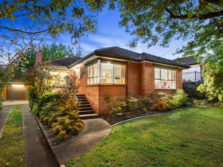 36 Howitt Drive, Templestowe Lower, VIC