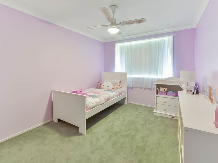 56 The Cascades, Mount Annan, NSW