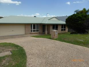 4 BEDDA WITH A SHED GREAT VALUE - Clinton