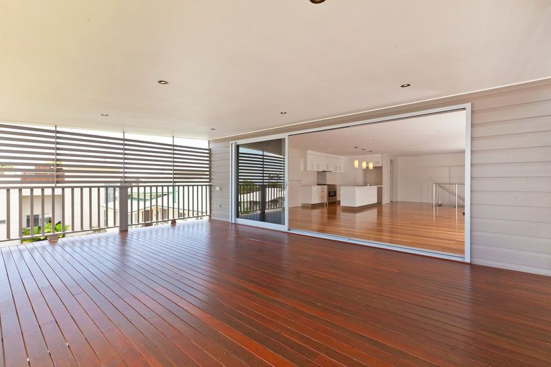 House leased manly qld 100 melville terrace for Queensland terrace