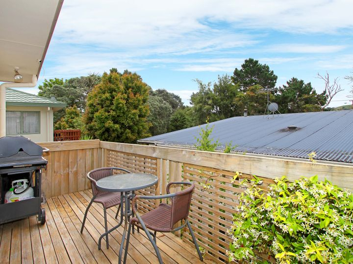 2/18 Ocean View Road, Hatfields Beach, Rodney