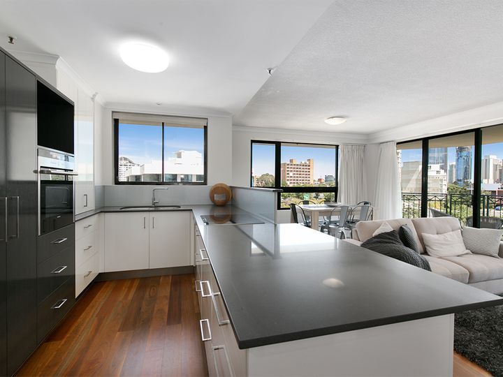 30/1 Goodwin Street, Kangaroo Point, QLD