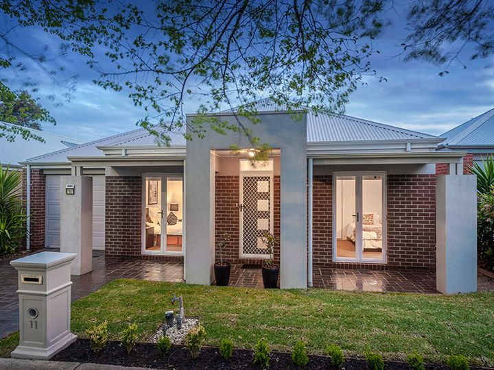 11 Royal Terrace, Craigieburn, VIC