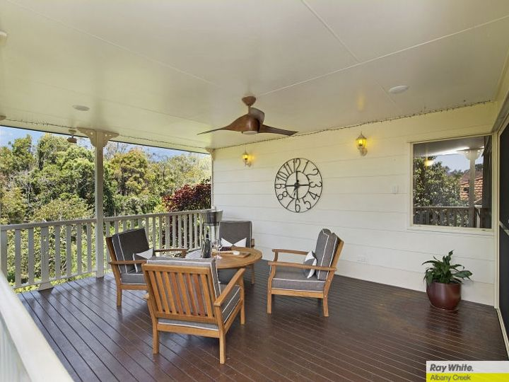 25 Silkyoak Way, Albany Creek, QLD