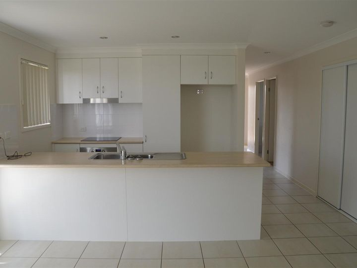 3 Ford Place, Gracemere, QLD