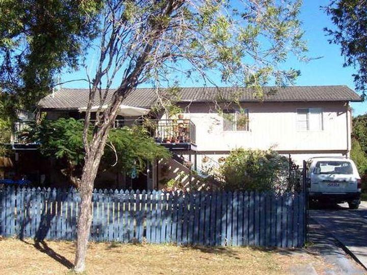 20 Ashbourne Terrace, Biggera Waters, QLD